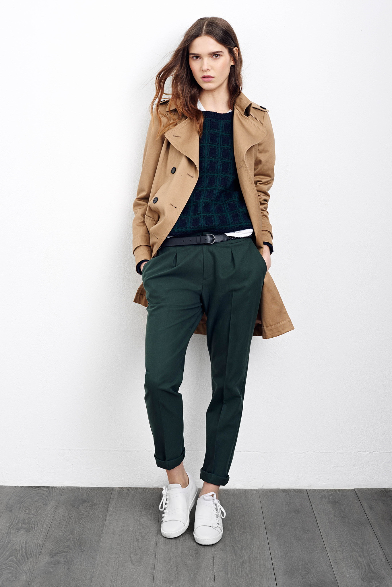 Womens-Camel-Coats-Autumn-Winter-2015-2016-Fashion-Trend-1